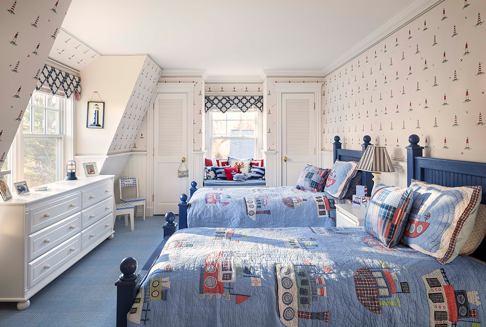 Hurlbutt_Kennebunk-Traditional-Beach-Cottage_Kids-Bedroom_5.18.png