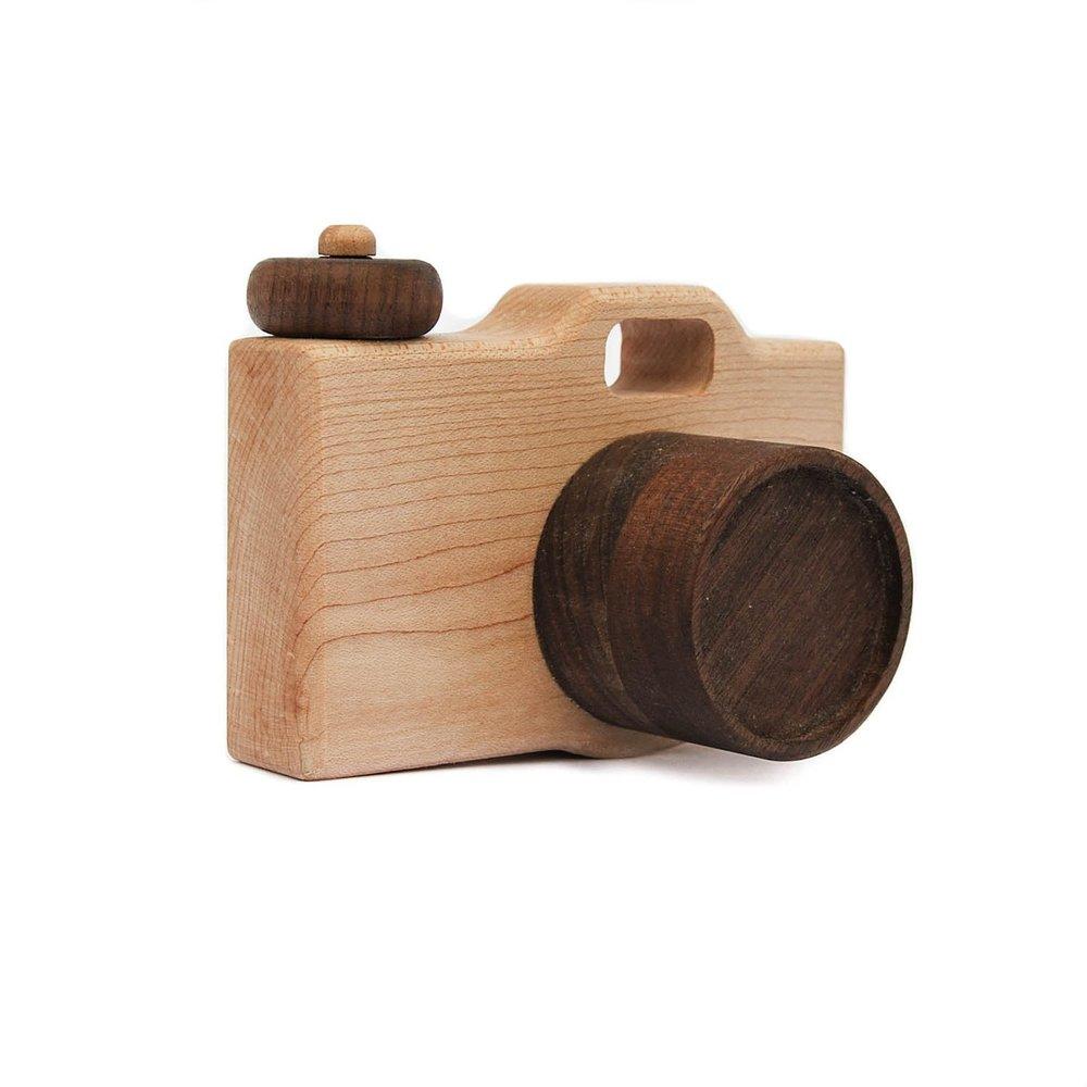 camera-wood-toy-wood-toys.jpg