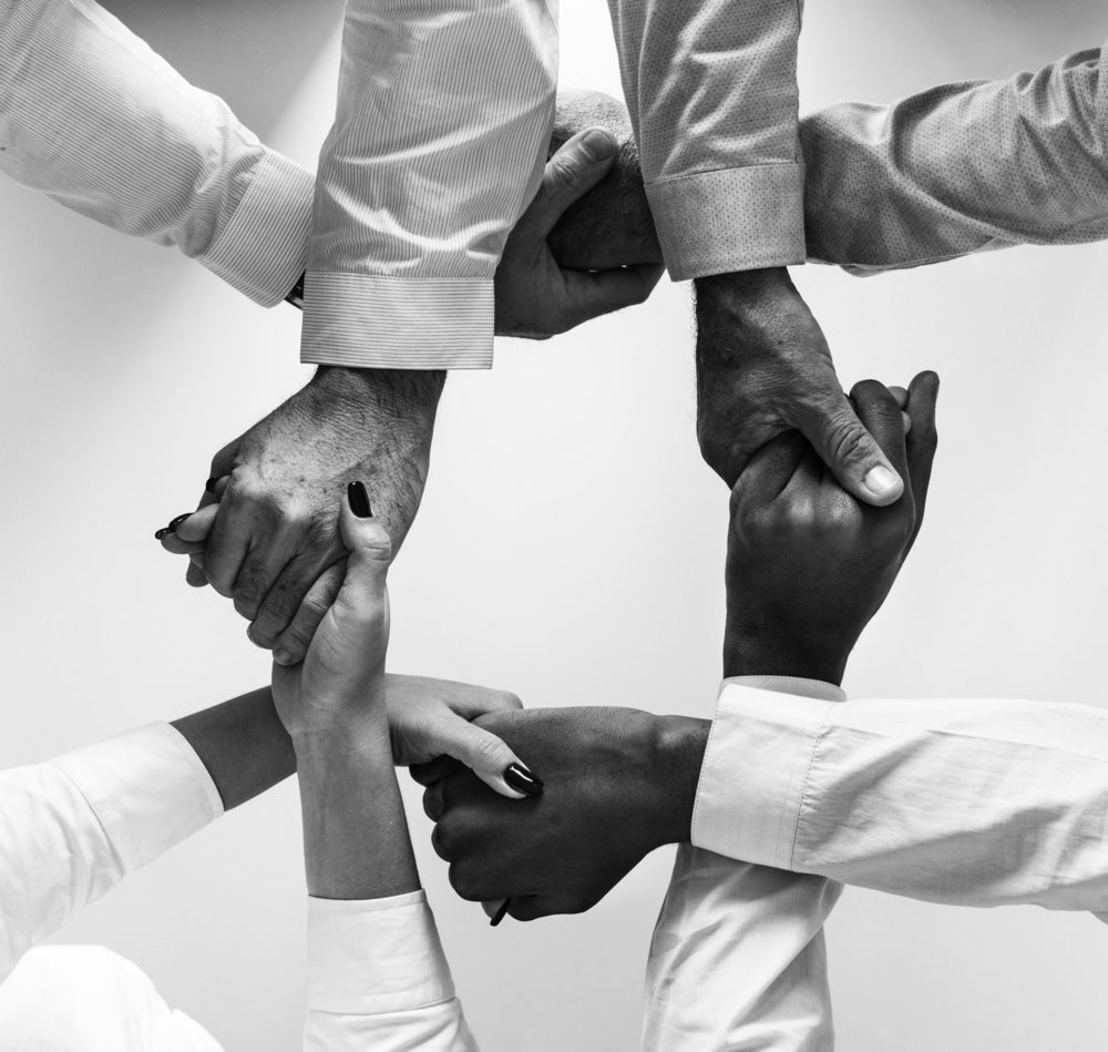 black-collaboration-cooperation-943630_bw.jpg