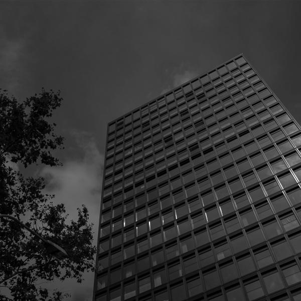 img01_tower1.jpg