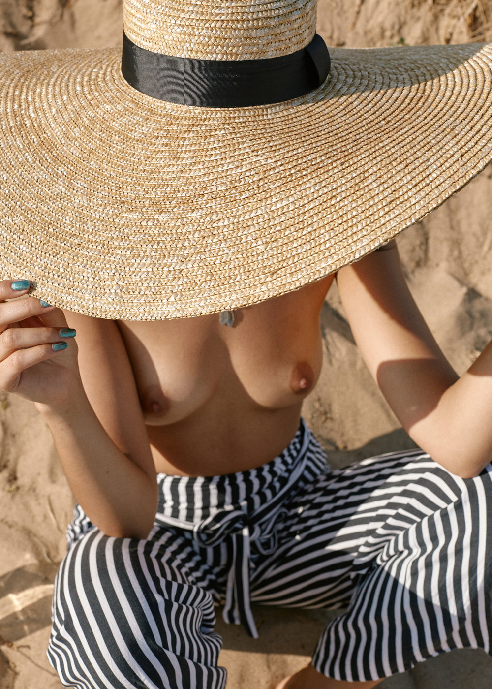 Sophie A Beach - June 2018 - 0224 web.jpg