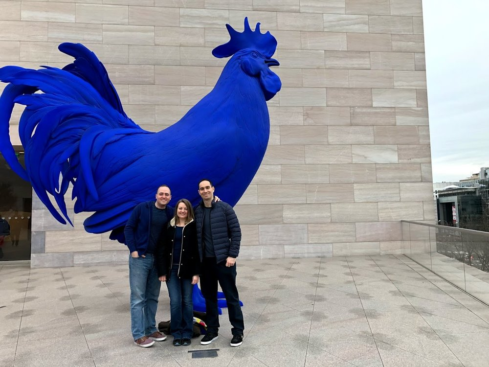 This giant blue rooster is on top of the National Gallery of Art just a few blocks from where we live. We love art, especially when it's a little silly