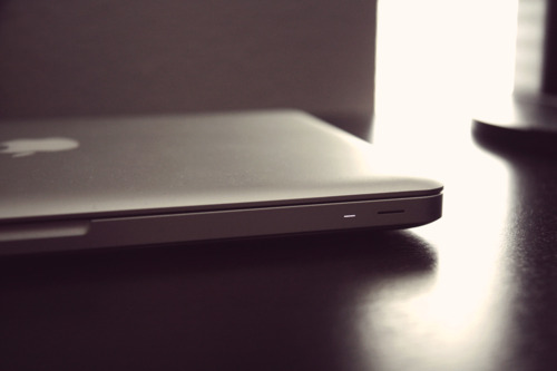 apple_macbook_pro_2009.jpg