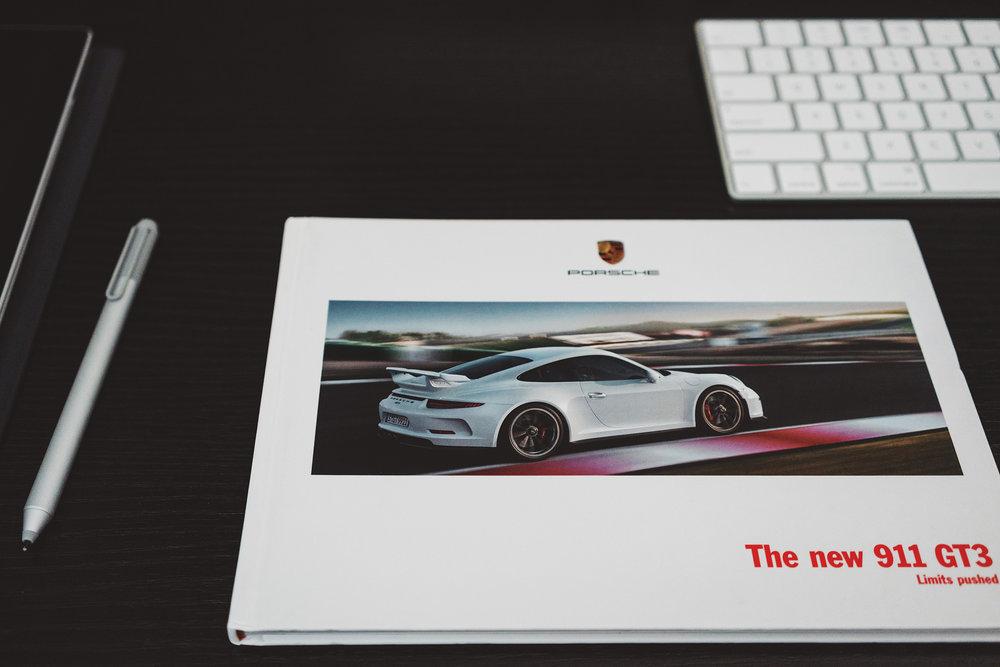 991.1_gt3_brochure.JPG