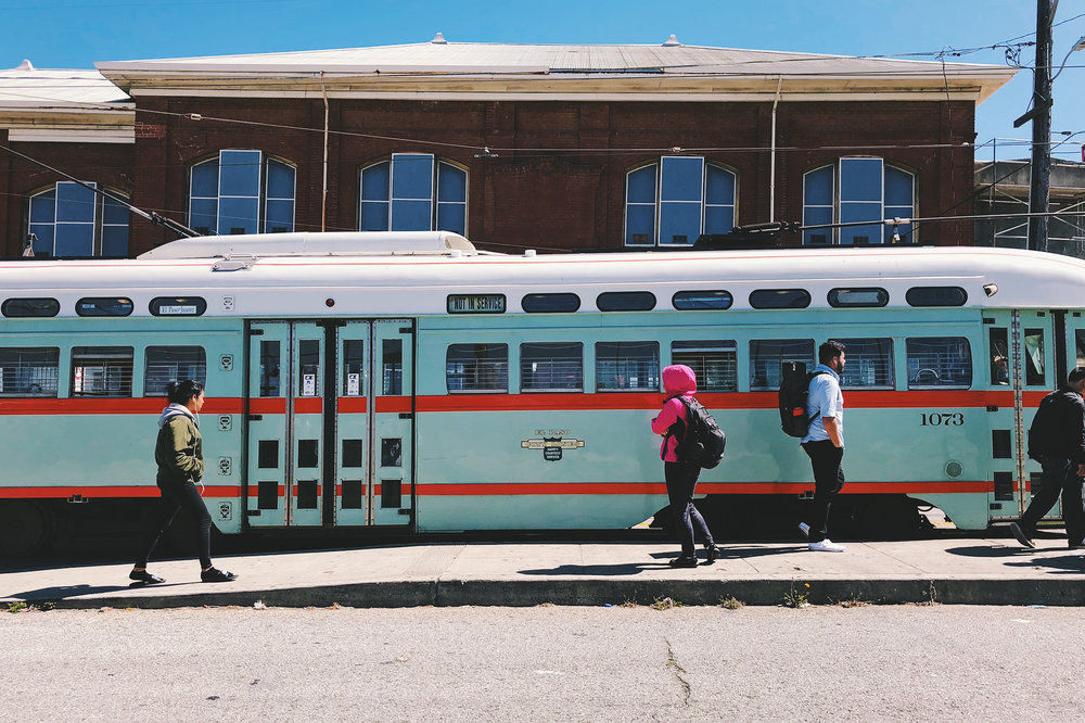 Now that's a good color combination on this classic light-rail train. I wish SF MUNI would have kept it.