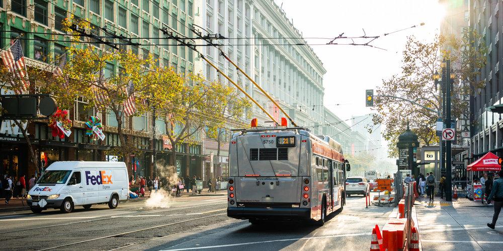 sf_muni_bus_market_street.jpg