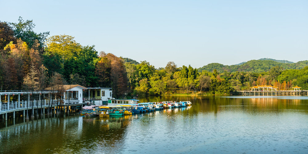 guangzhou_lake.jpg