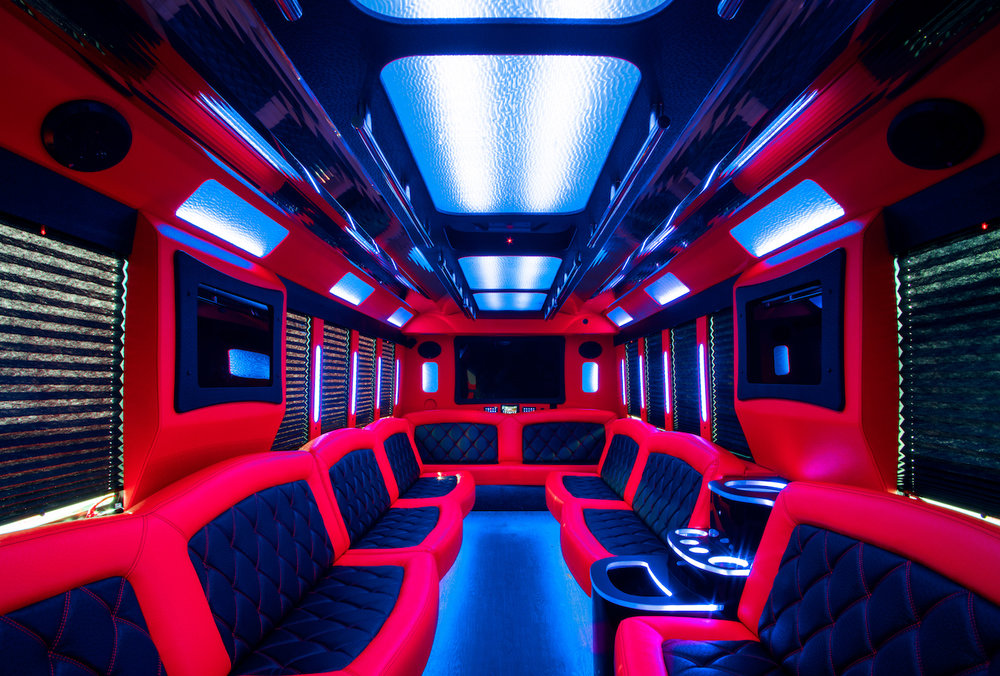 Top Notch_Bus 1 Interior_1.jpg