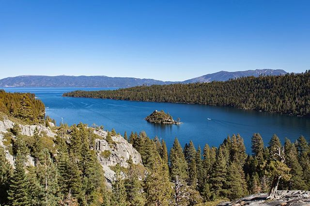 """To breathe the same air as the angels, you must go to Tahoe""....Emerald Bay, Lake Tahoe. #laketahoe #emeraldbay #fannetteisland #california #marktwain"