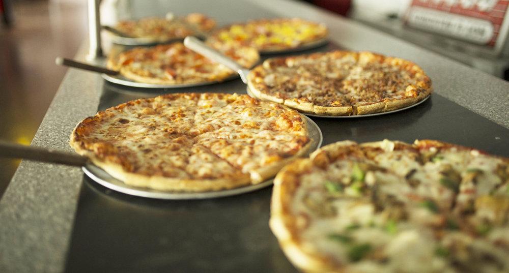 BUFFET - pizzas.jpg