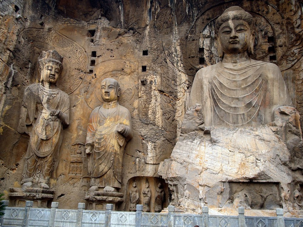 cave-of-the-great-buddha-1157985_1280.jpg