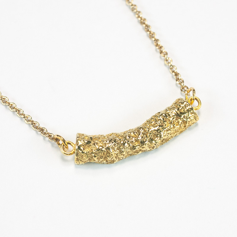 colony_necklace_1_b.jpg