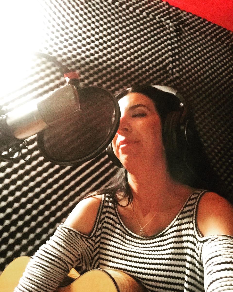 Katie Garibaldi Christmas album 2017