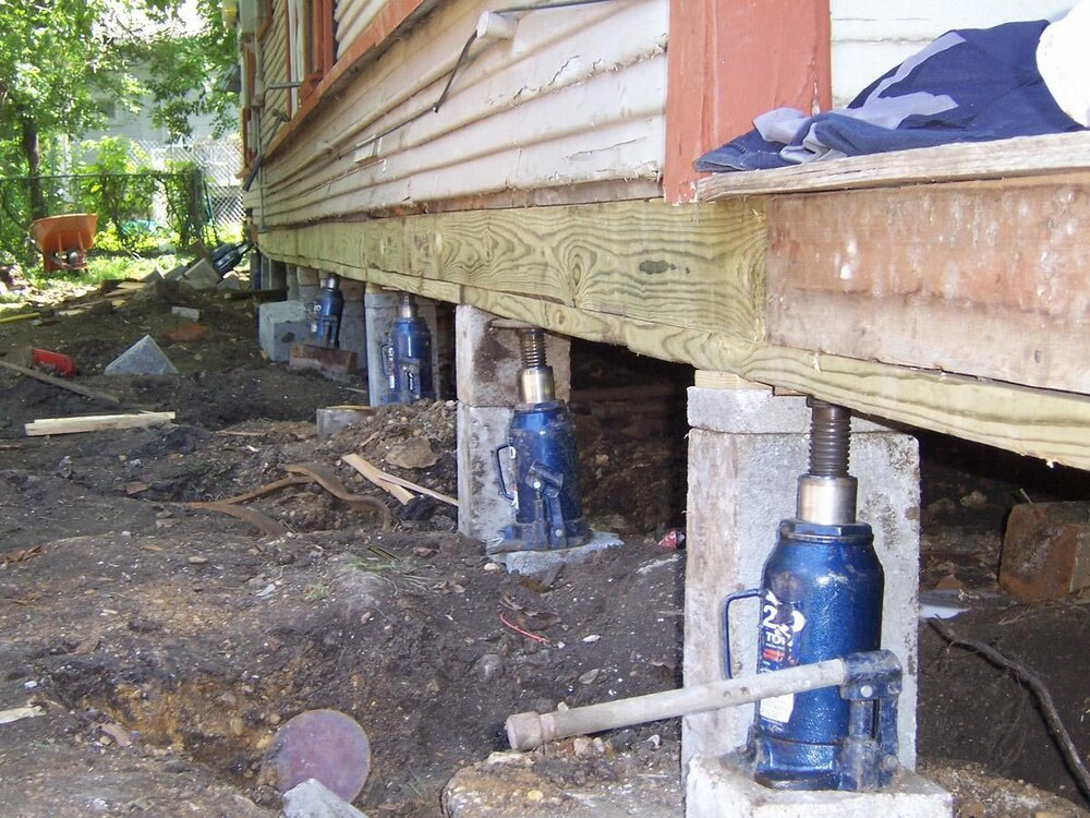 House Leveling Foundation Repairs Los Angeles Ca Inner City Skyline