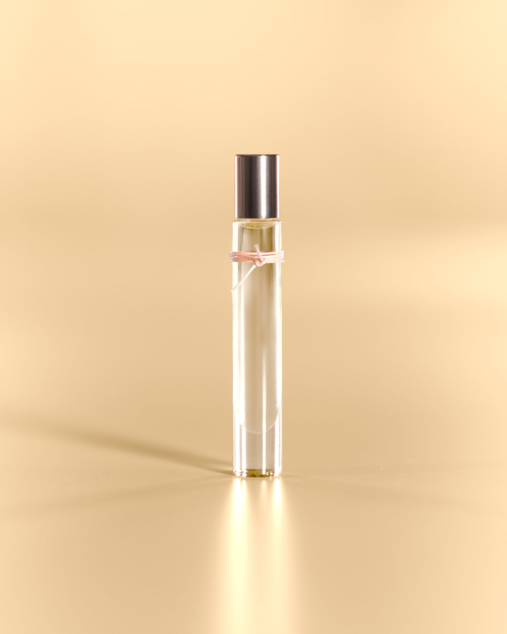 liv:3   A Soft Sweet Refined Scent  [mother's daisy, rosa, jasmine]