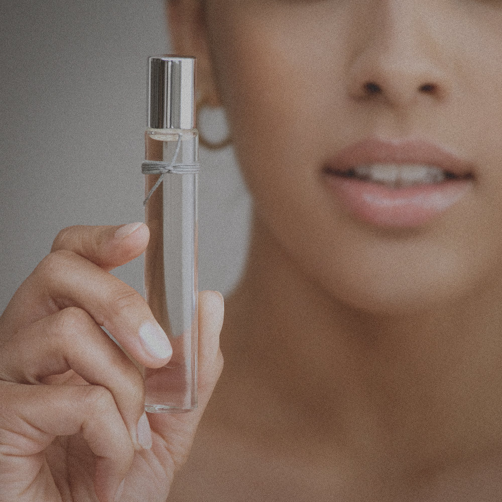 "- Want a chance to win a free bottle of liv luxury perfumed oil? We're giving away one per week in our #HowDoYouLiv instagram contest.step:1Follow @sarahmaxwellbeauty on instagramstep:2Post a photo that answers the question, ""How do you liv?""step:3Tag @sarahmaxwellbeauty and #HowDoYouLiv so we can be sure to find your entry."