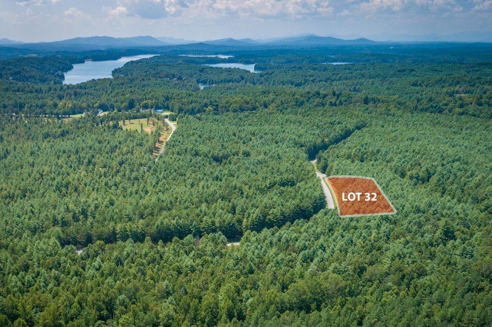 Lot 32-3.jpg