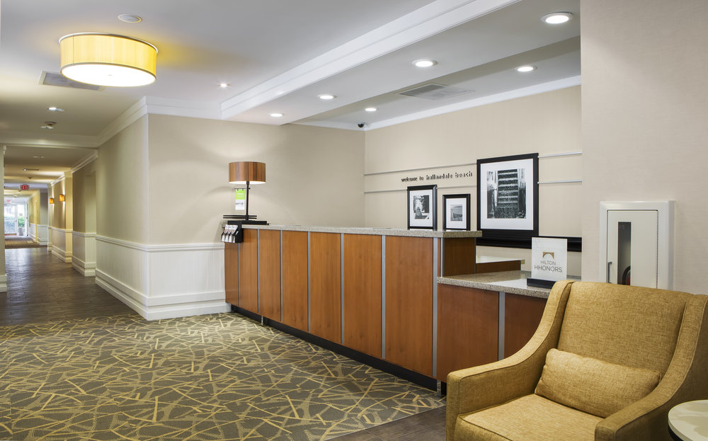 Hampton Inn Hallandale Beach Lobby