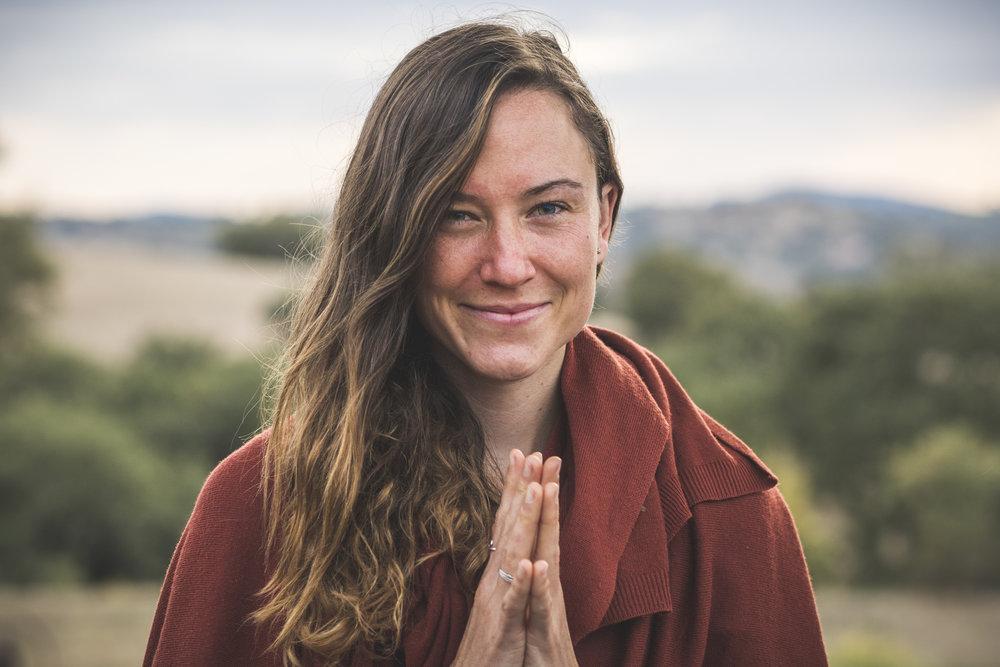 Geneviève - Créatrice d'expériences et yoga