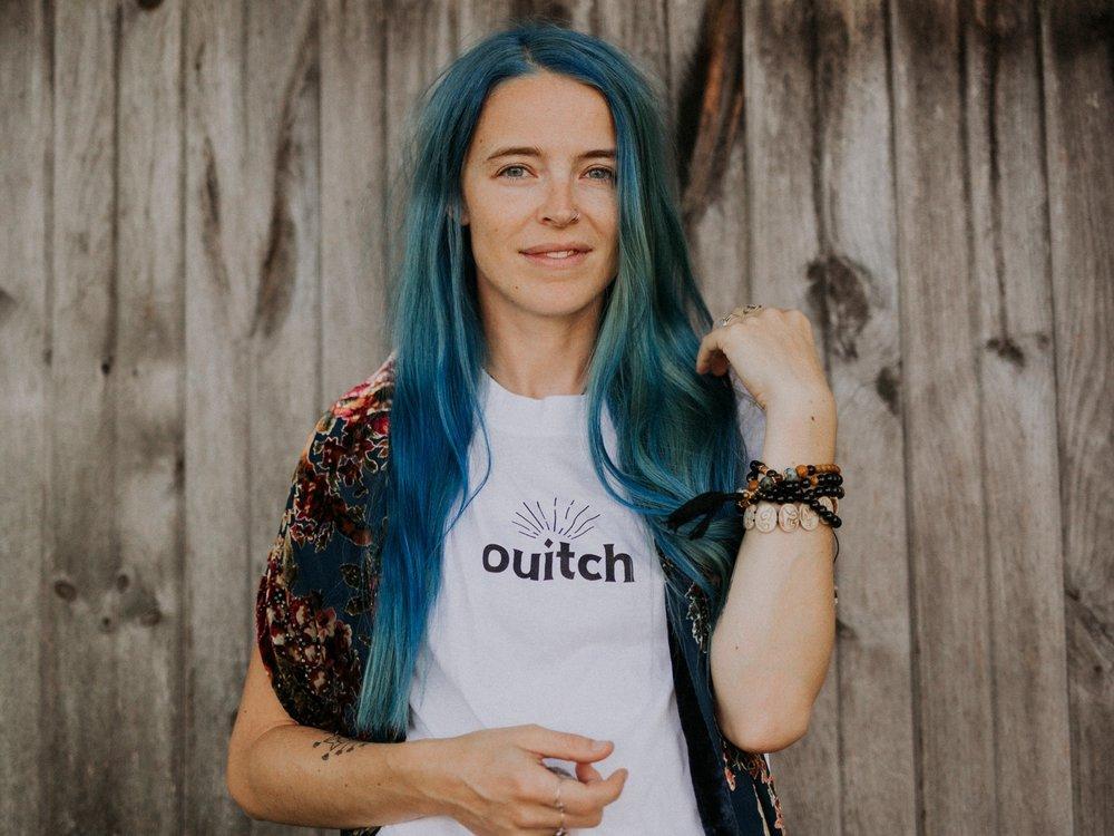 Josée-Anne SC - Sorcière assumée, créatrice de rituels & facilitatrice de l'atelier ETHER