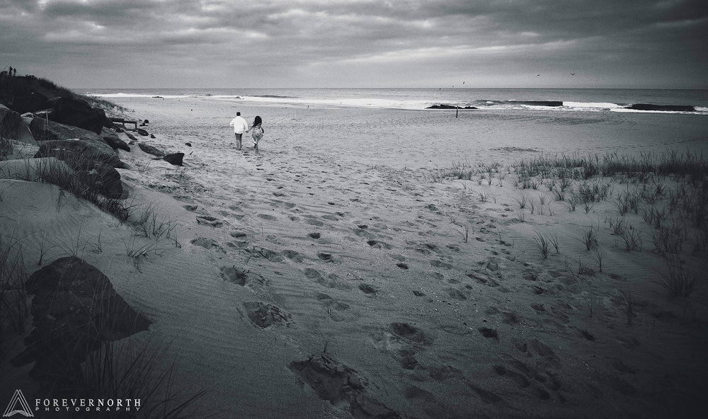 Martin-Manasquan-Beach-Engagement-Photos-04.jpg
