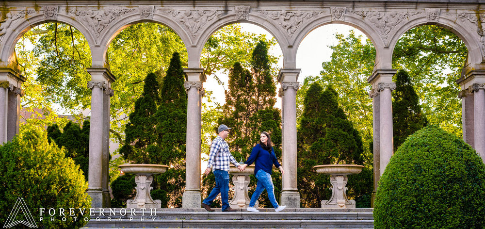 Brown-Monmouth-Gardens-Engagement-Photos09.JPG