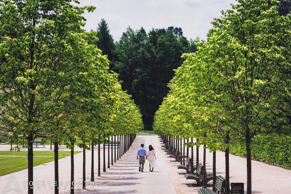 Longwood-Gardens-Engagement-Photos-16.JPG