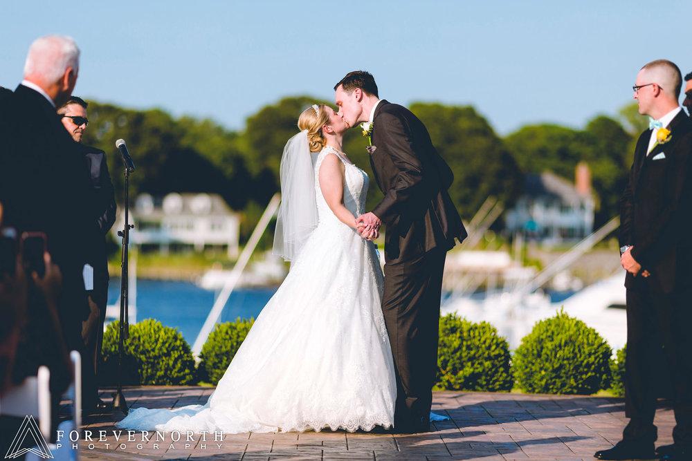 McSweeney-Crystal-Point-Wedding-Photographer-01.JPG