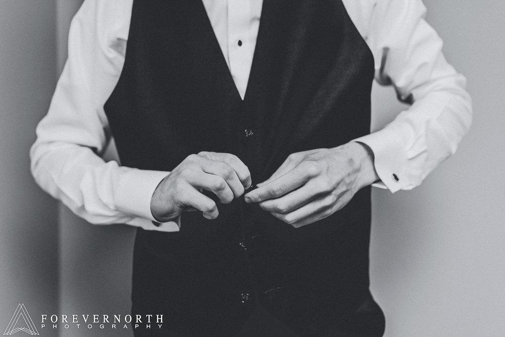 McSweeney-Crystal-Point-Wedding-Photographer-27.JPG