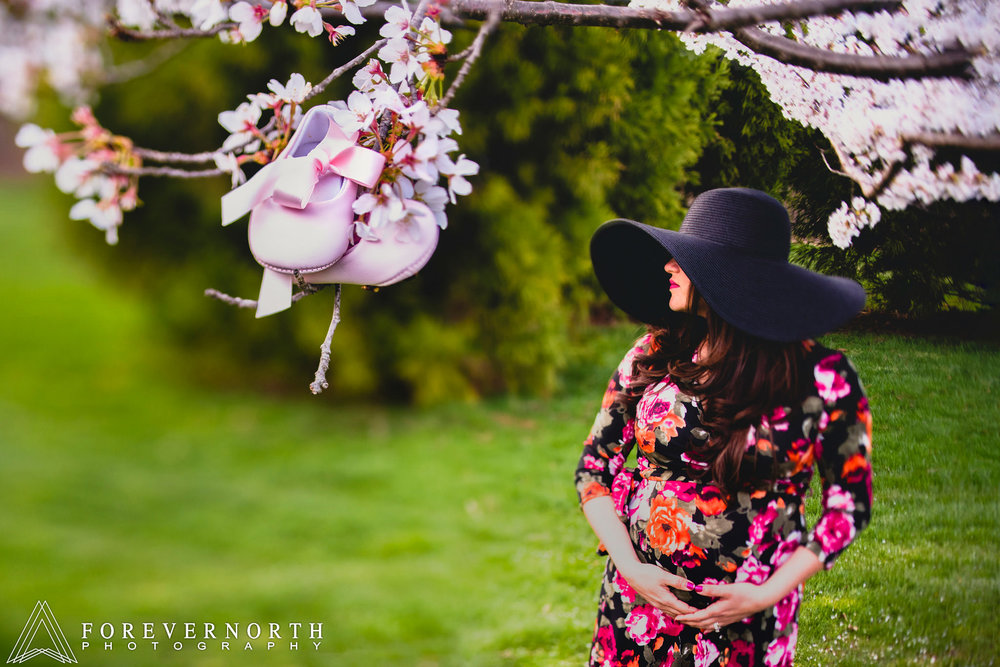 Jazznette-Sam-Maternity-Shoot-Maternity-Photographer-Sayen-Gardens-05.JPG