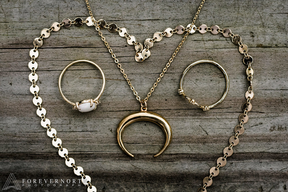 Mckeegan-Destination-Wedding-Photographer-North-Carolina-Asheville-Battery-Park-Book-Exchange-15.JPG
