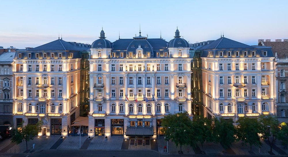 Corinthia_Budapest_day_facade.jpg