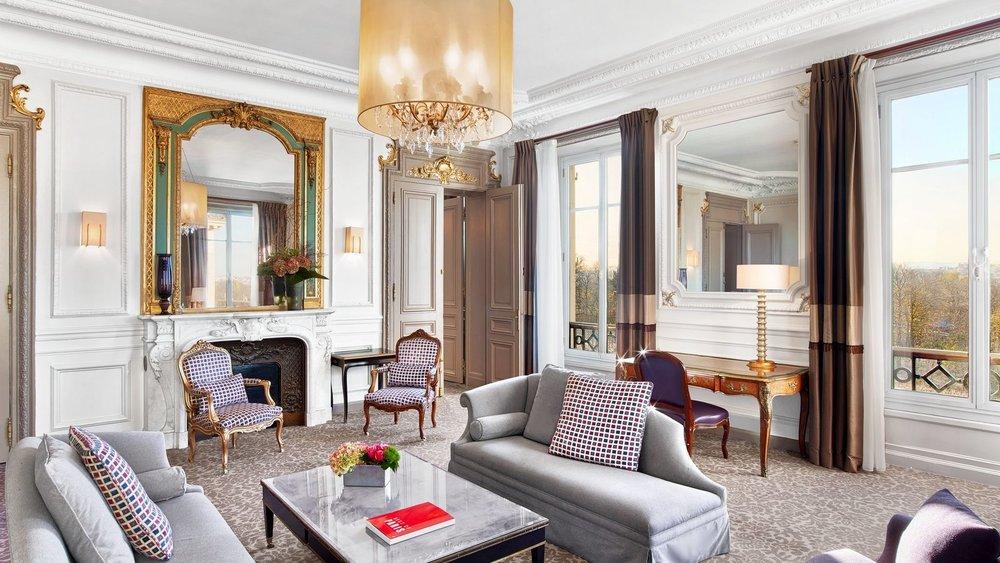 wes1729gr-200007-Presidential-Suite-Living-Room.jpg