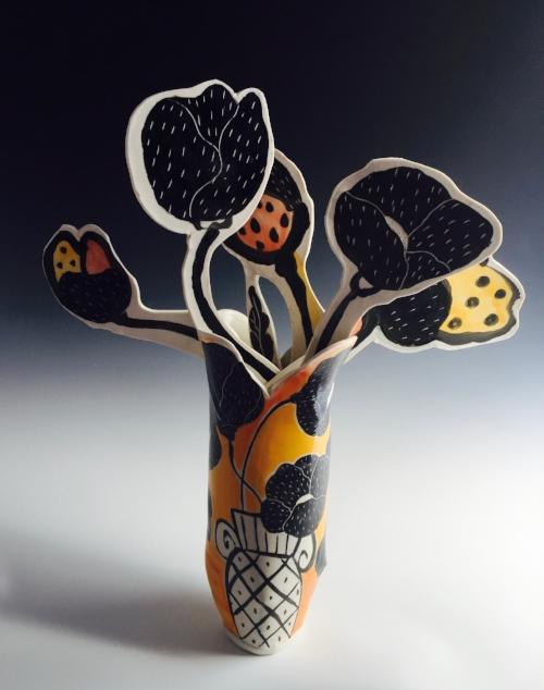 Yellow Poppy Vase with 5 Flat Flowers