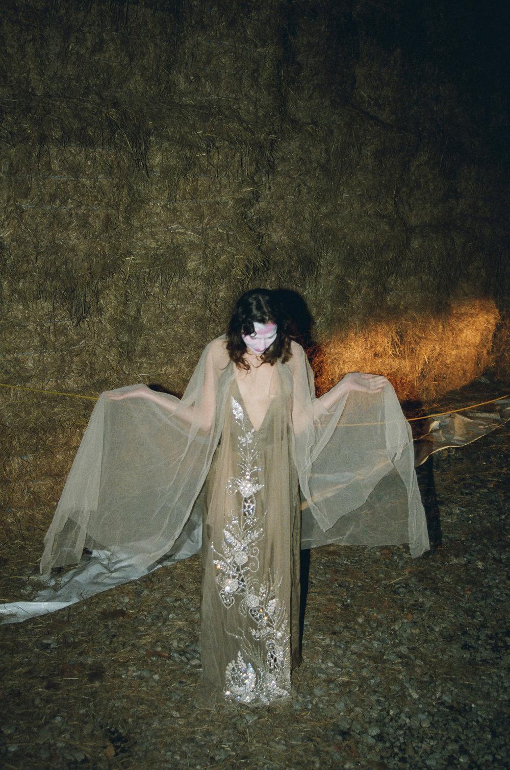 Nude_dress1.jpg