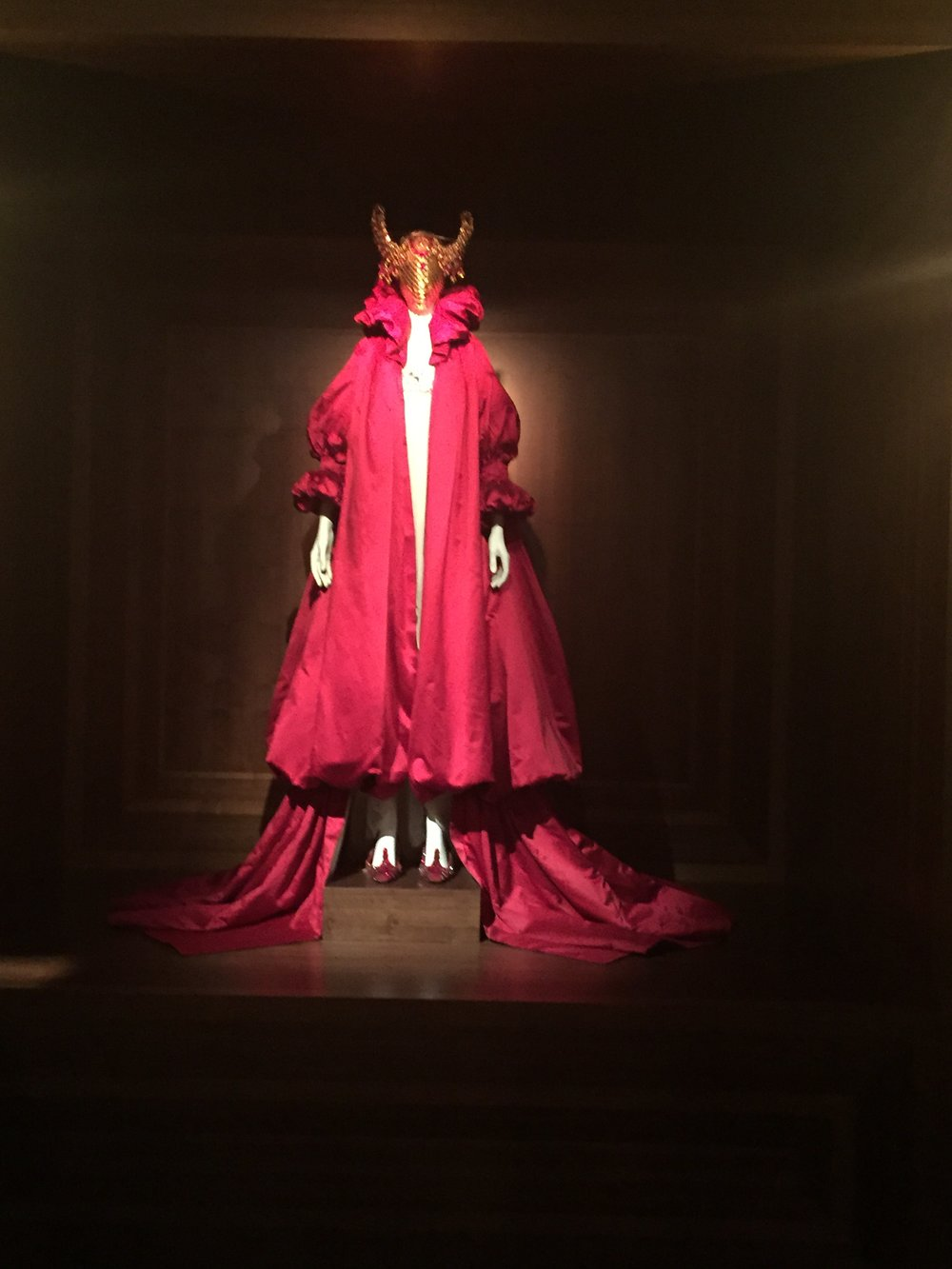 Alexander McQueen, Savage Beauty, V&A May 2015.  (3).JPG
