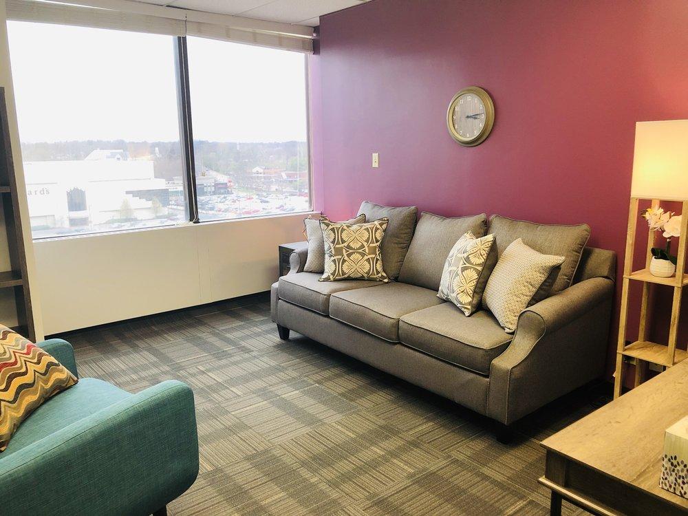 Office 16 (Suite 530)