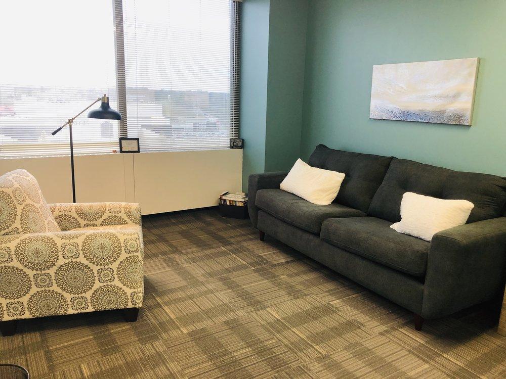 Office 17 (Suite 530)