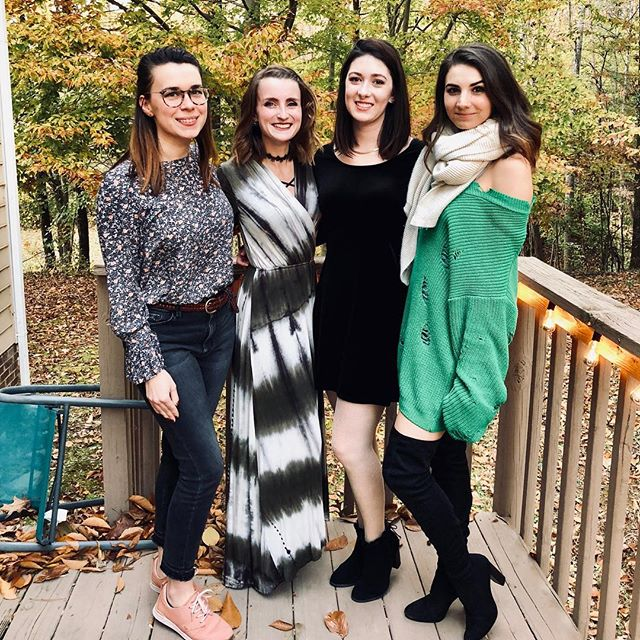 #bpsewvember day 19 | Happy thanksgiving! I love this time of year because it means getting together with friends and family, eating, drinking, and laughing a lot!! Kicked off the season yesterday at #friendsgiving with these lovely ladies I work with! .. .. .. .. .. .. #bpsewvember2018  #handmadewardrobe #sewist #fabric #fashion #sewing #sewingblogger #sewingvlogger #isew #isewmyownclothes #sewist #sewcialist #ncsews #msmakes #millennialsewing #memade #diyproject #diyfashion
