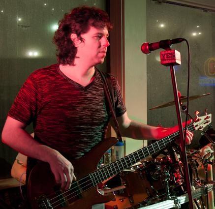 gary bass jpeg.jpg