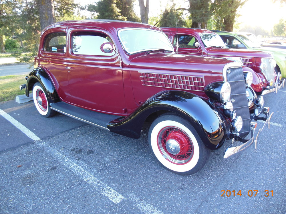 Bill Henline and Trudy Klein - 1935 Ford 2-door Sedan