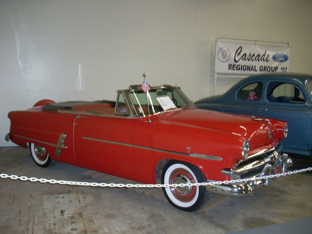 Carl and Diane Line - 1953 Ford Convertible