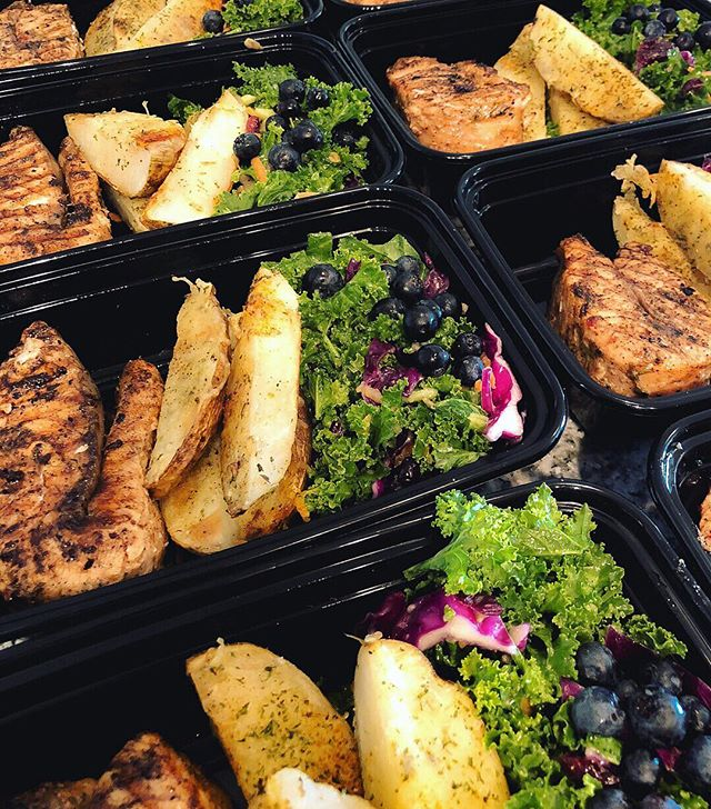 Take a break from cooking by ordering meal prep. You choose your meal combos, that's all the work needed. Click the link in bio to get started. - - - #plancookhost #mealprep #mealdelivery #catering #foodservice #busymom #millenialmoms #millenialentrepreneur #atlantafood #atlantamealprep #atlantachef #cook #mealprepatlanta