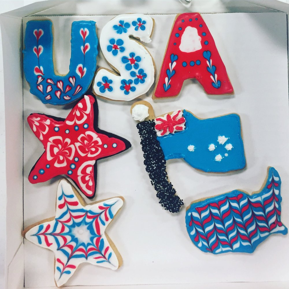 This cookie decorating class was a great birthday gift from my sister.