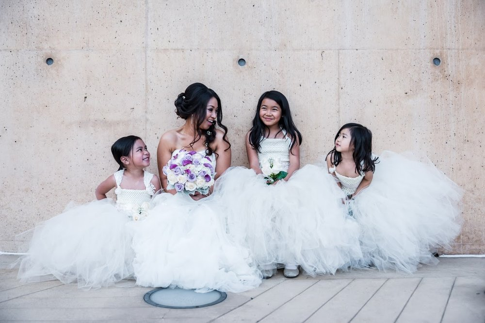 Gruezo_flowergirls.jpg