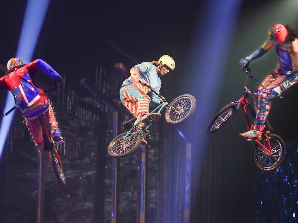 0405_arts_cirque.jpg