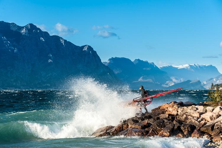 f8-08-wind-windsurf-garda-fabio-calo.jpg