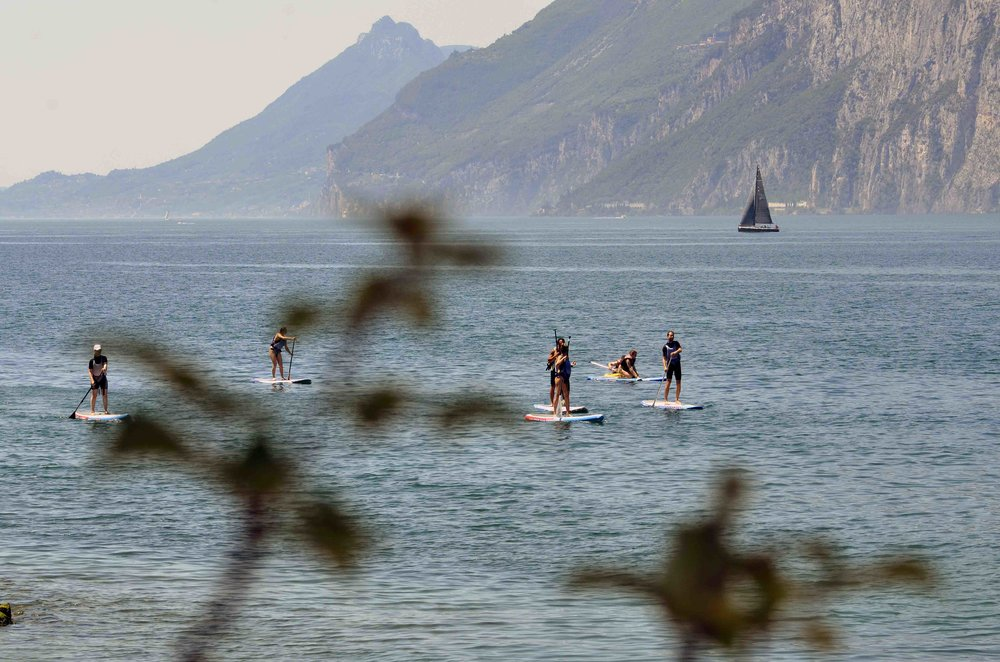 sup boards mieten am gardasee in malcesine