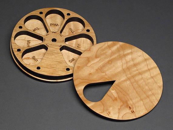 7 Day Compact Wood Pill Box.jpg