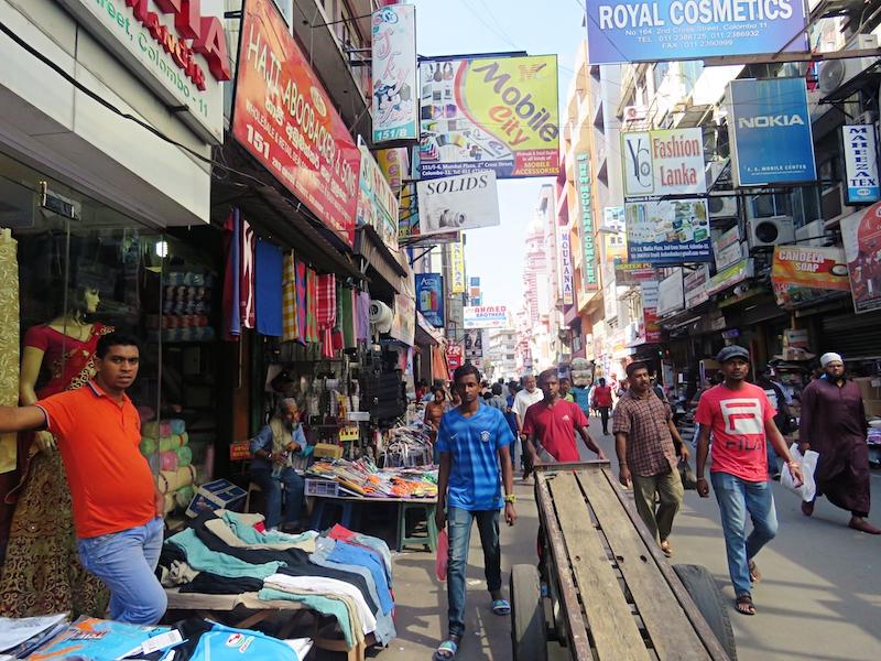 Streets-of-Pettah-Colombo.jpg